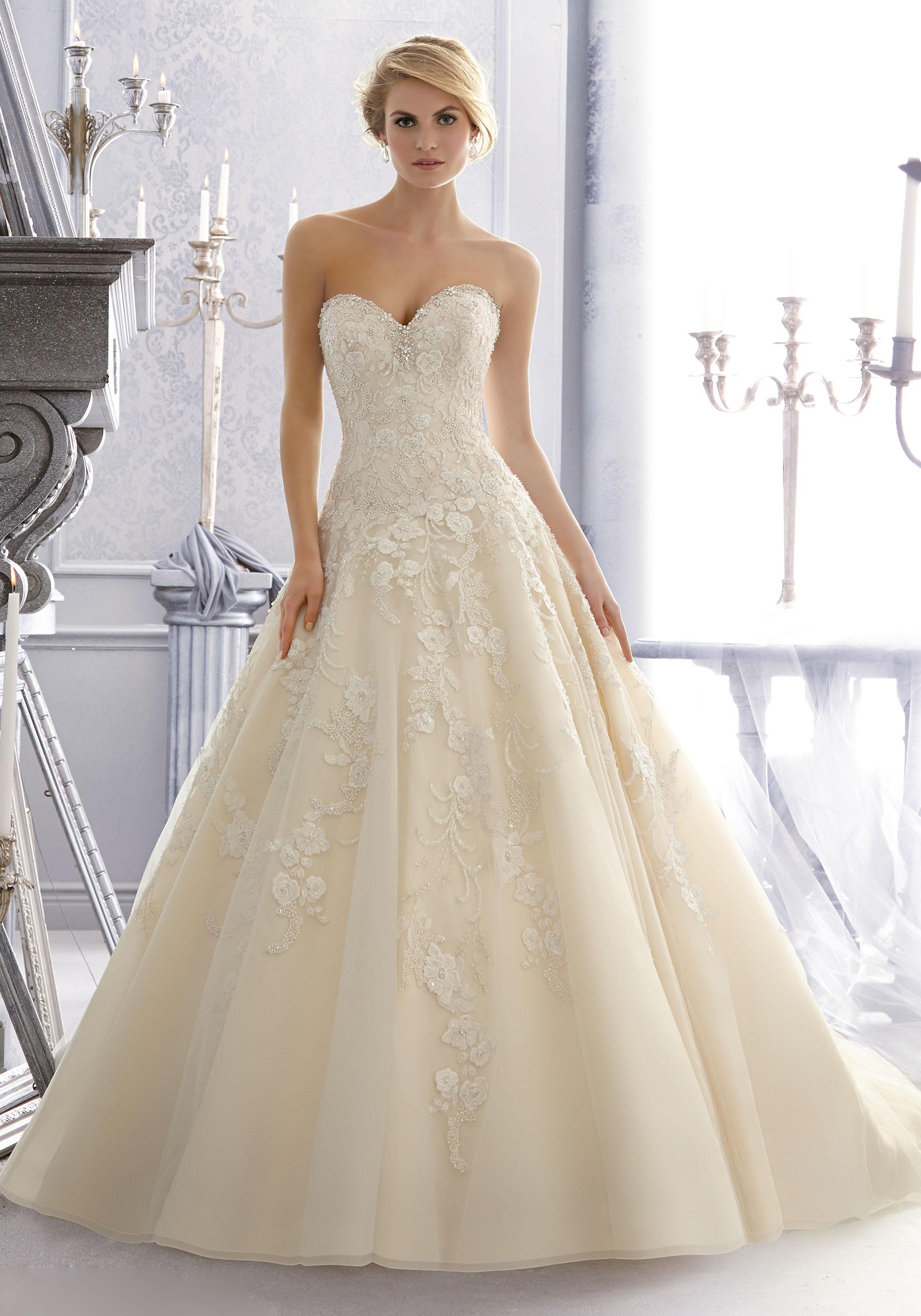 Νυφικό Φόρεμα, Venice Δαντέλα, Κεντημένη. Κωδ. 2671