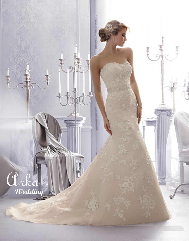 Νυφικό Φόρεμα, Δαντέλα Στράπλες, με Ζώνη Κρύσταλλα. Κωδ. 2676