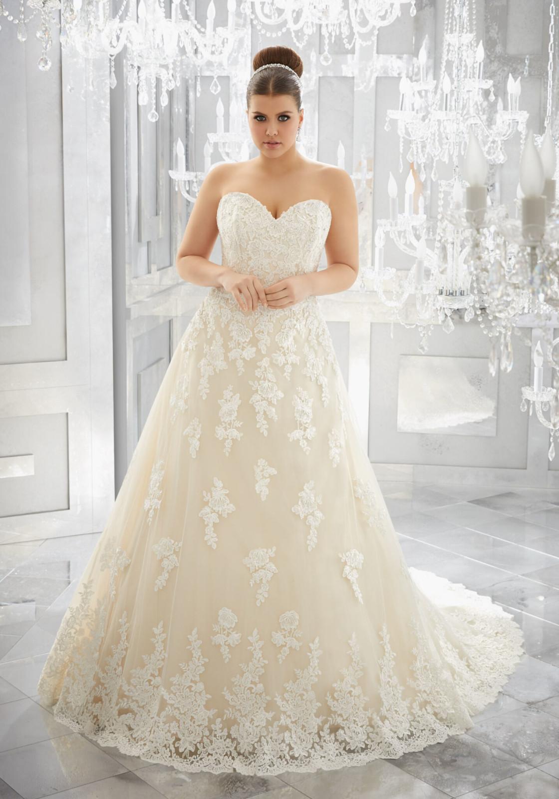 Νυφικό Φόρεμα, Morilee .Plus Size,Στράπλες, από Δαντέλα, Style. 3226