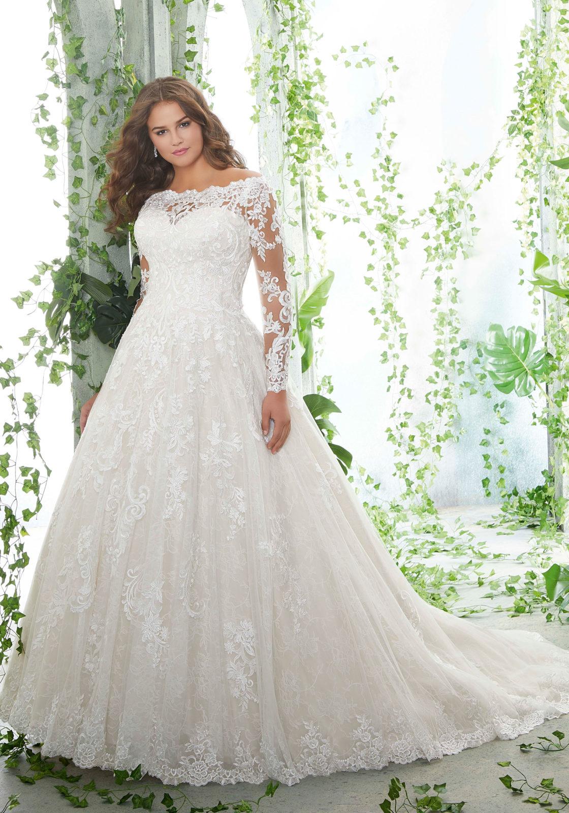 Νυφικό Φόρεμα, Morilee, Plus Size. Chantilly Δαντέλα, Style. 3258