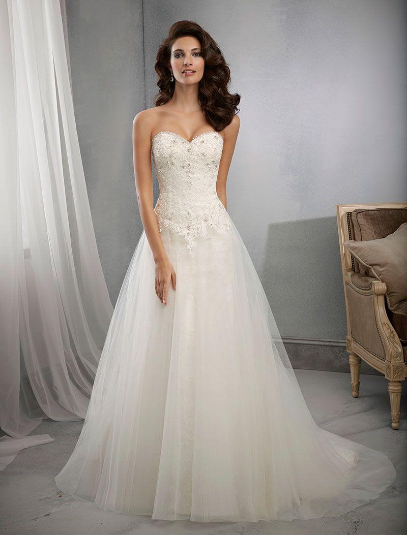 Νυφικό Φόρεμα, Morilee, Δαντέλα Κεντημένη, Αέρινη Φούστα.. Style. 39006