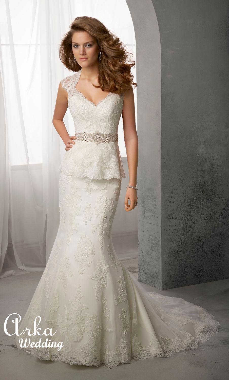 Νυφικό Φόρεμα, Δαντέλα και Κεντημένη Ζώνη. Κωδ. 39028