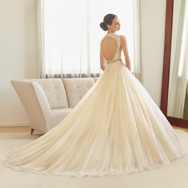 Νυφικό Φόρεμα, by Madeline Gardner. με Πλούσια Φούστα Style, 51125