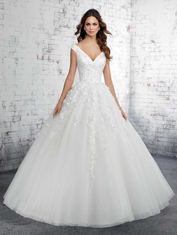 Νυφικό Φόρεμα, Madelene Gardner, Δαντέλα με 3D Κέντημα. Style. 51414