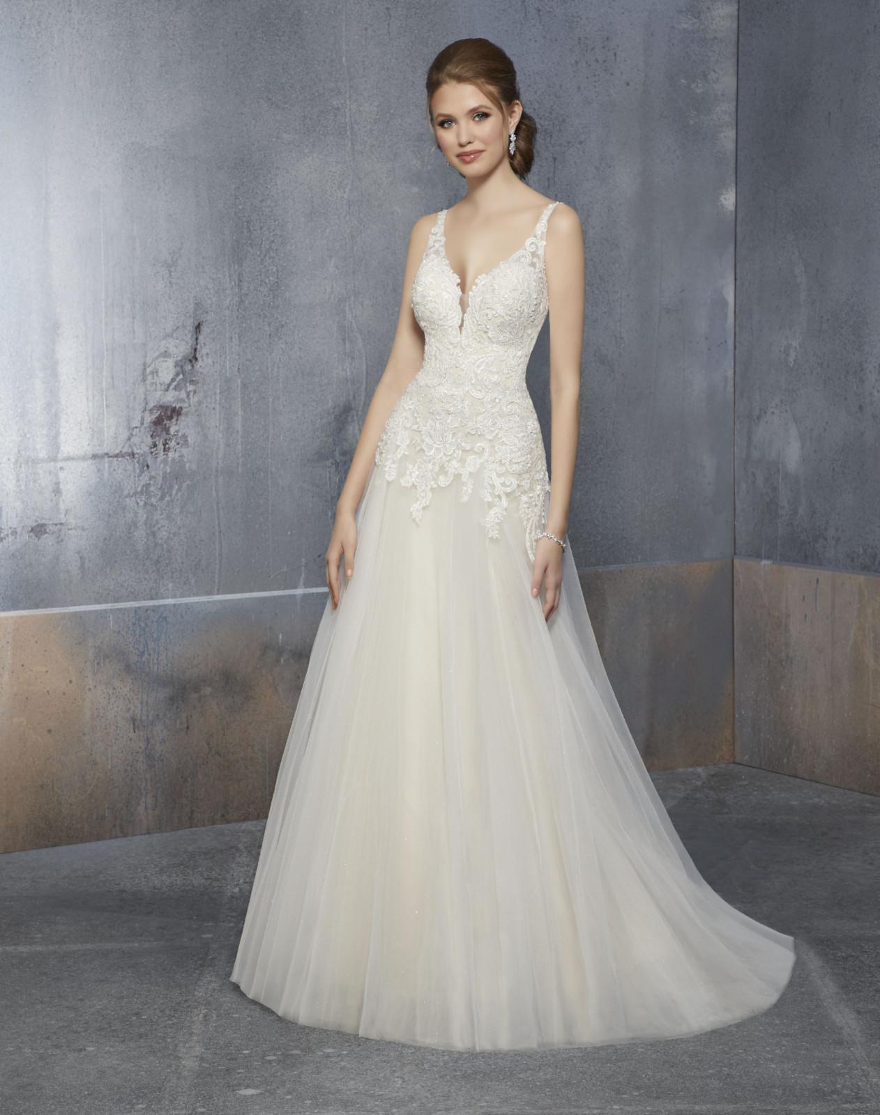 Νυφικό Φόρεμα, Αέρινο, με Δαντέλα Μπούστο. Style.51513, by Mdeline  Gardner,