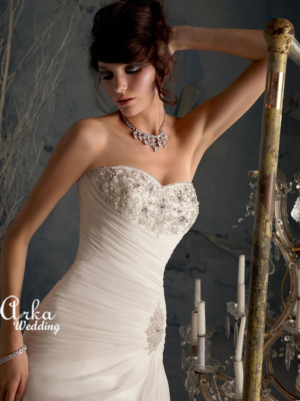 Νυφικό Φόρεμα Chiffon Κεντημένο με Κρύσταλλα. Κωδ. 5164