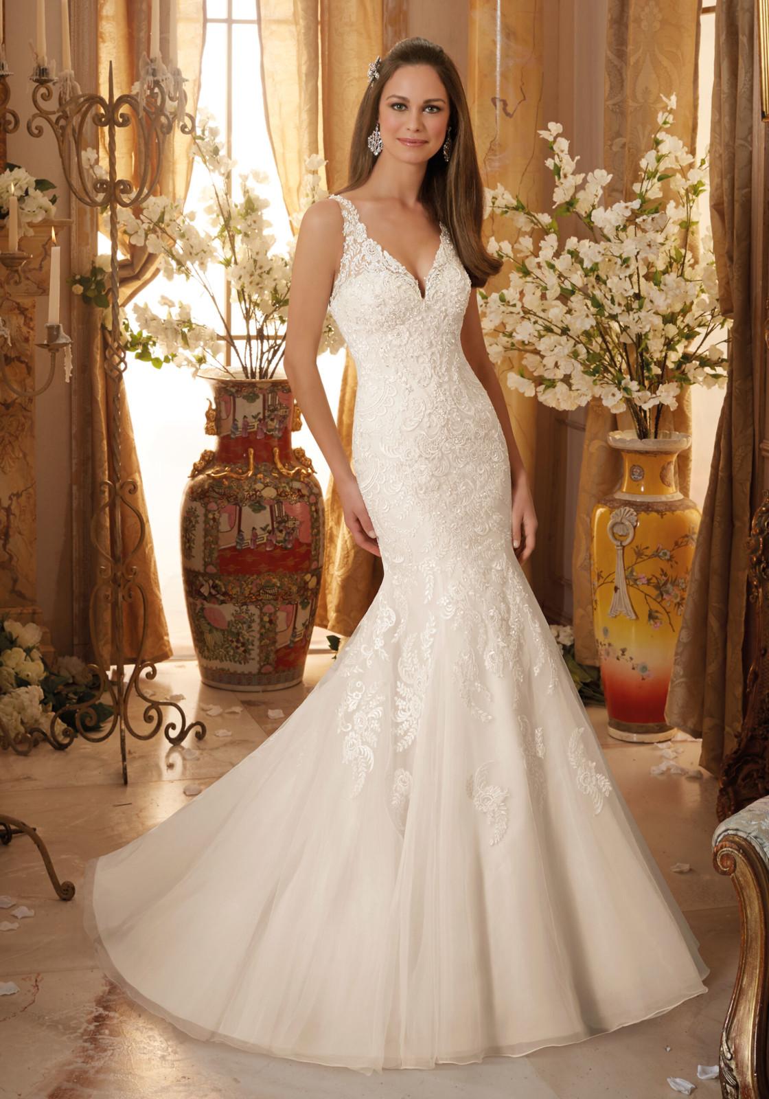 Νυφικό Φόρεμα, Designed by Madeline Gardner.από Δαντέλα, Style 5474