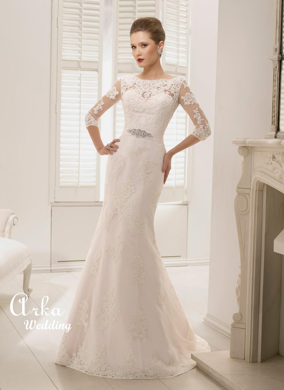 Νυφικό Φόρεμα, Στενό, Δαντέλα, με Μανίκια και Μοντέρνα Πλάτη. Κωδ. 66036 Κωδικός: 66036