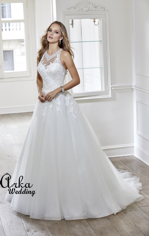 Νυφικό Φόρεμα, σε Γραμμή  Άλφα, από Κεντημένη Δαντέλα Κωδ. 69123