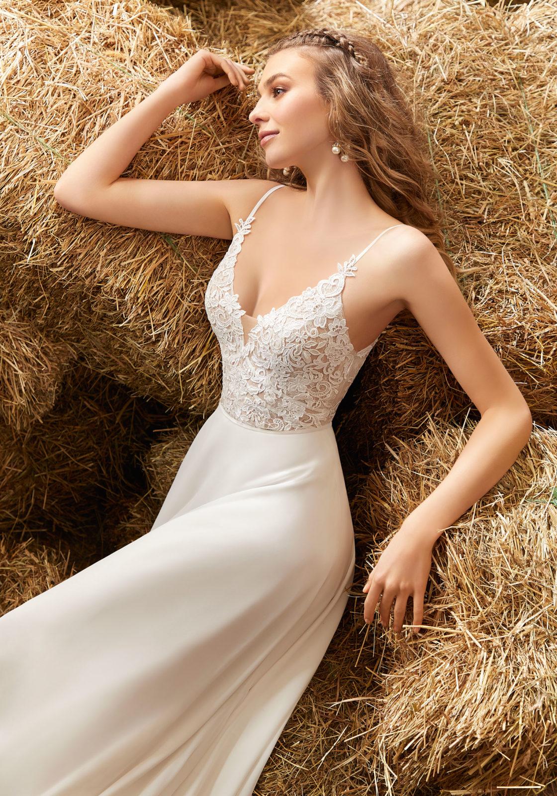 Κομψό Νυφικό Φόρεμα,  Morilee,  . Style. 6915