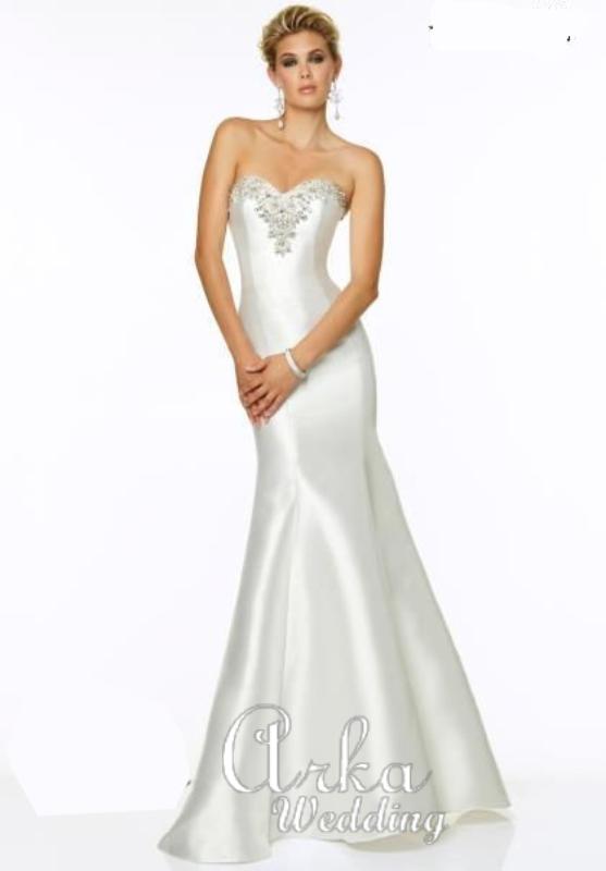 Νυφικό Φόρεμα,  Γοργόνα με Κέντημα. Κωδ. 97019