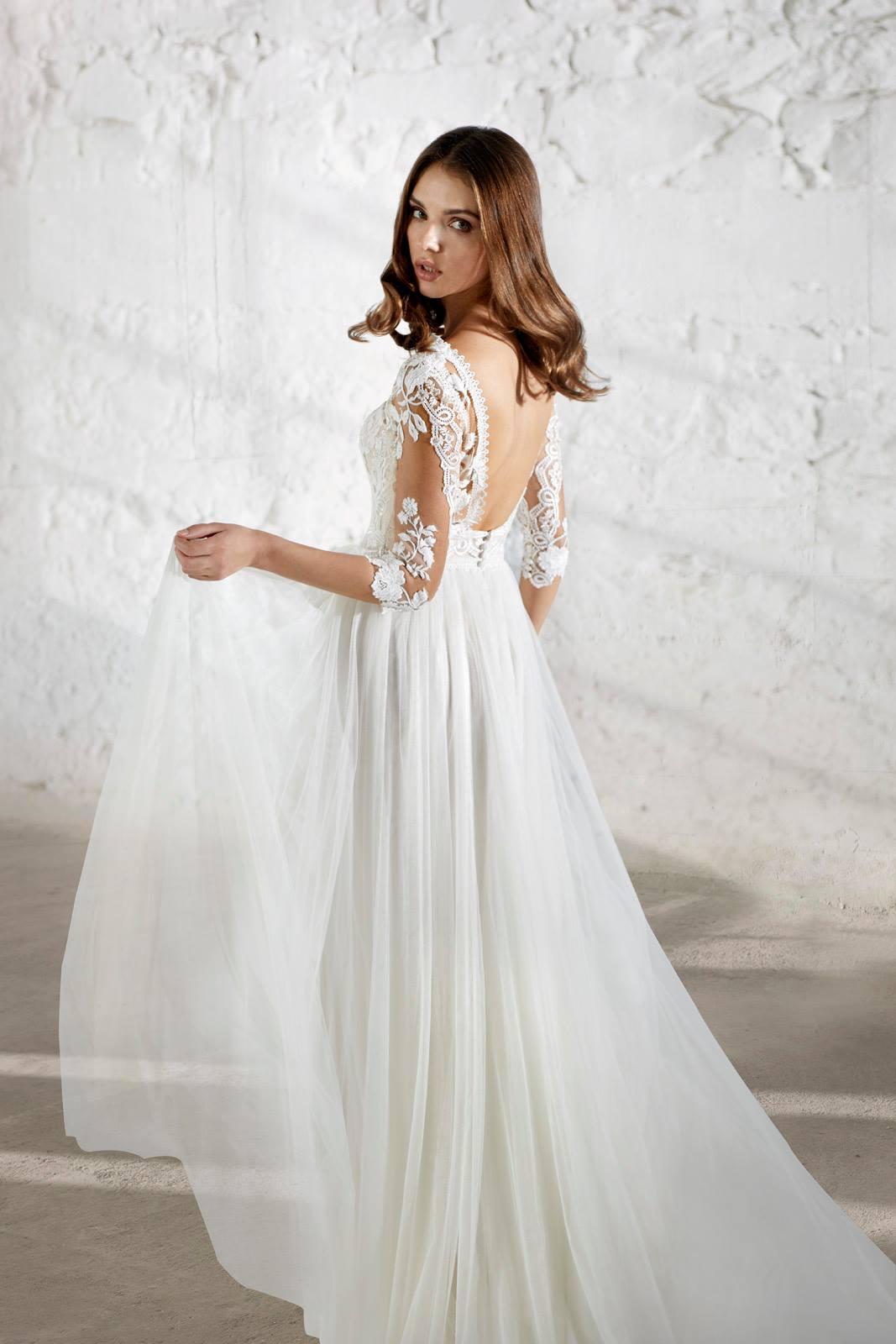 Αέρινο Νυφικό Φόρεμα, MODECA, με lace Μανίκια. Style. ENSLEY
