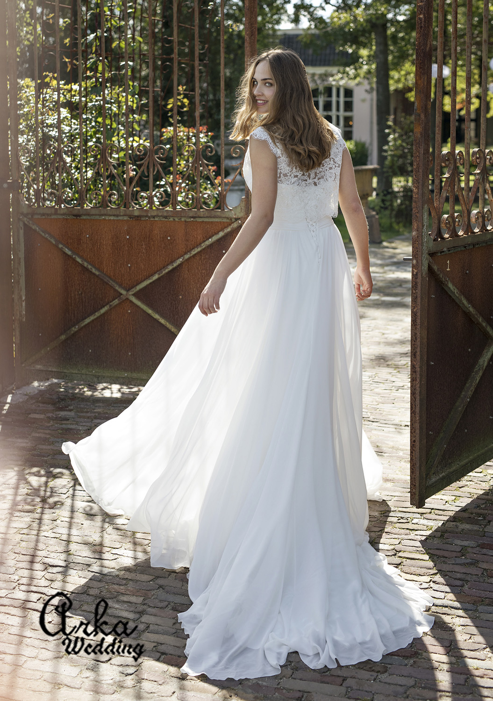 Νυφικό Φόρεμα, για Παχουλή Νύφη, με Αποσπώμενο jacket. Κωδ. Darlene