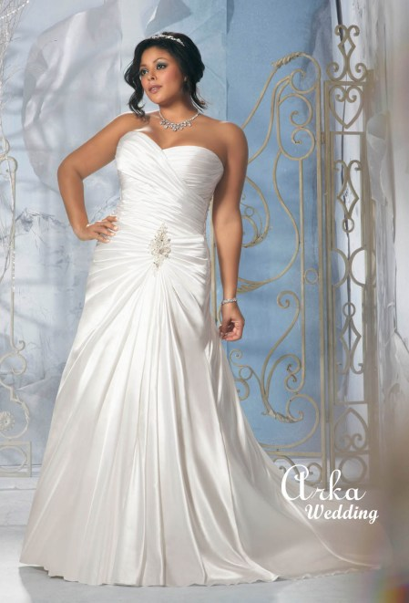 3146_Elegant_Modified_A_Line_ Wedding_Gown_ Featuring_Crystal_Beaded 18.jpg